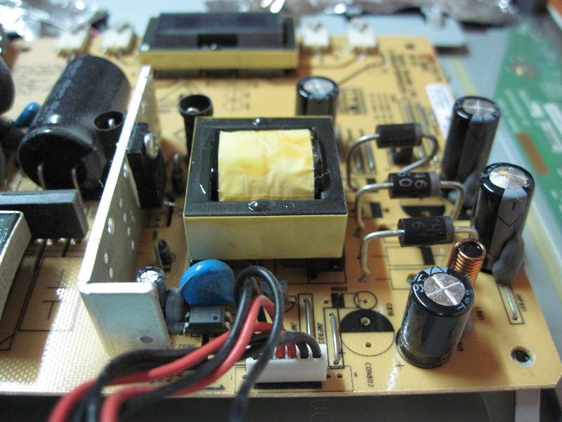 Фото нерабочего конденсатора.